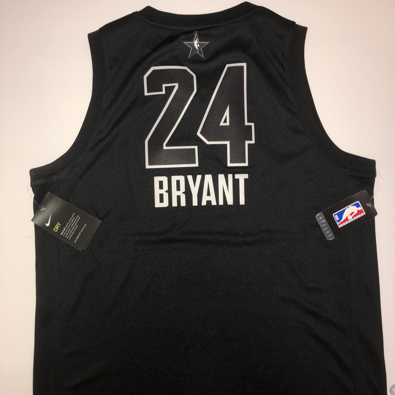 separation shoes 6f3a3 0d74d Authentic 2018 Youth XL NBA All-Star Jersey (Kobe... - Depop