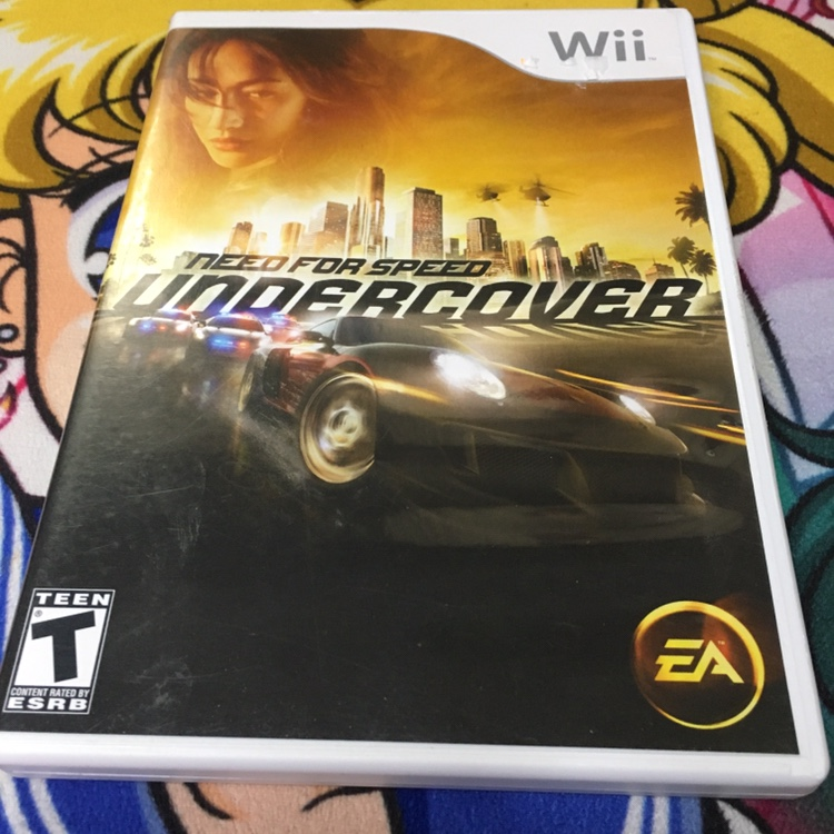 Need for speed : Undercover on the Wii some    - Depop