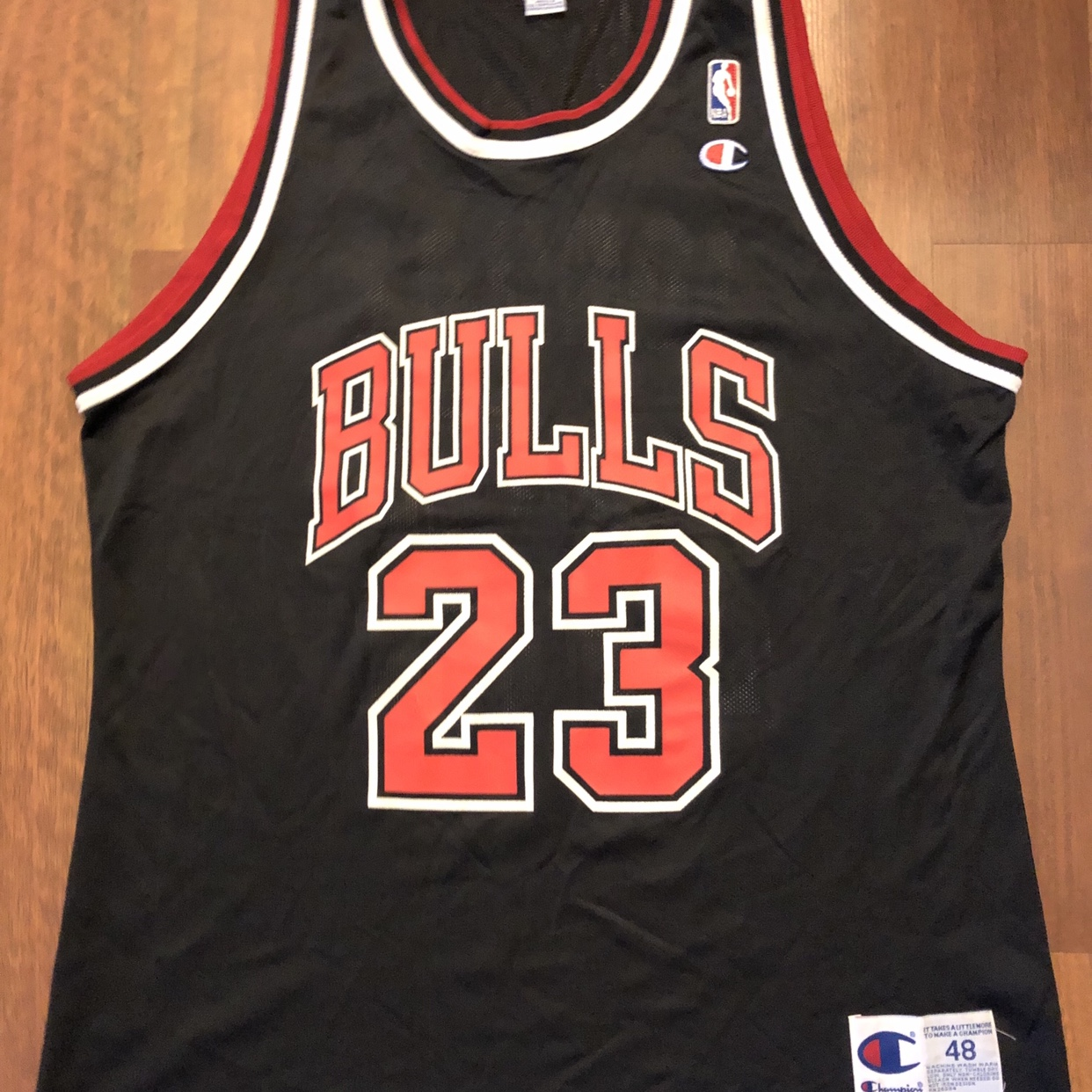 sports shoes ca67f 741c7 Vintage Champion Chicago Bulls Michael Jordan Jersey ...