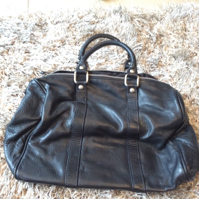 a67c90222bd6 @yvonne9308. 5 years ago. York, York, York, UK. Small black leather PRADA  bag, used but in good condition