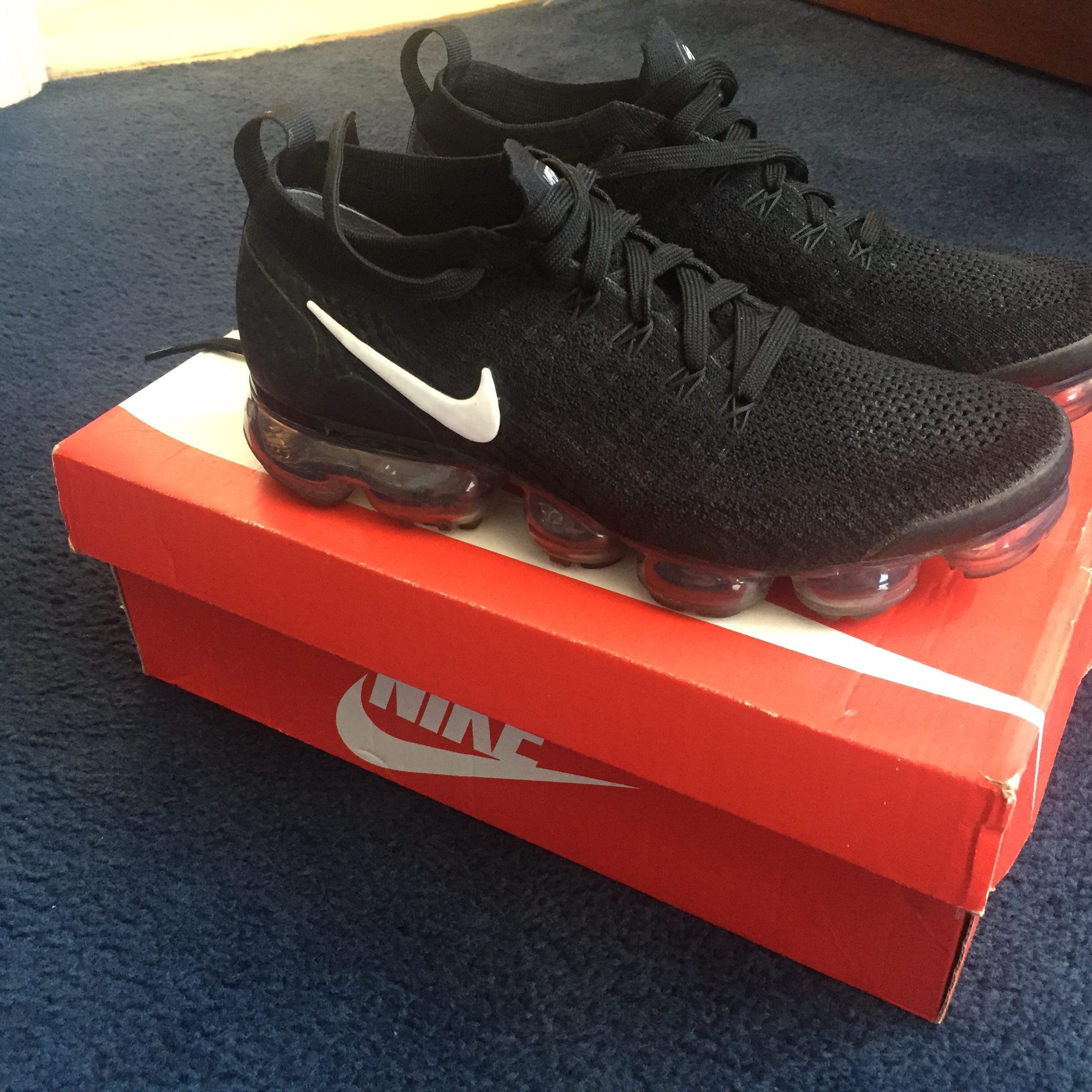 official photos bbbd5 27808 Nike Air Vapormax Flyknit 2. Size 7 Bought from... - Depop