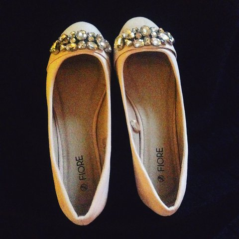 f7bc43628e31 Jewelled fiore ballet flats - flat shoes. Never been 5 in - Depop