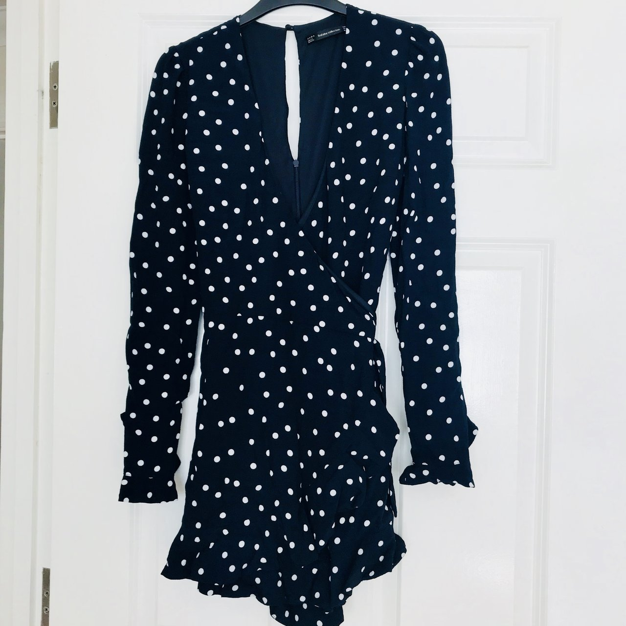 ee07c4e54371 Brand New never worn - Zara Navy   White Spotty Long with - Depop