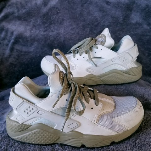 82624ea6526cb Nike Air Huaraches Olive and Sand colored Good condition so - Depop