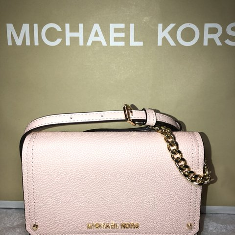 be7a1da804f3 @savoire. 9 months ago. Downey, United States. MICHAEL KORS CROSSBODY  CLUTCH BRAND NEW ...