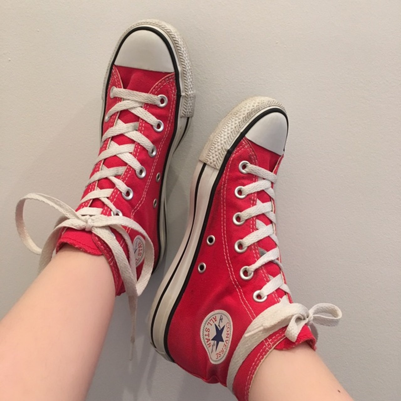 Red Converse (Chuck Taylor All Star