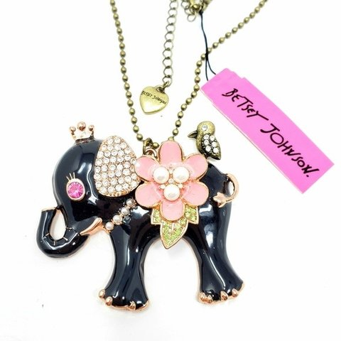 2dd5d537c0a Betsey Johnson Designer Elephant Necklace In new condition - Depop