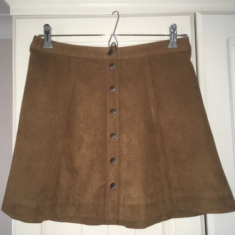 74e1a060b @caitlinjones21. 11 months ago. Cardiff, United Kingdom. Gorgeous tan suede  Abercrombie & Fitch button up mini skirt.