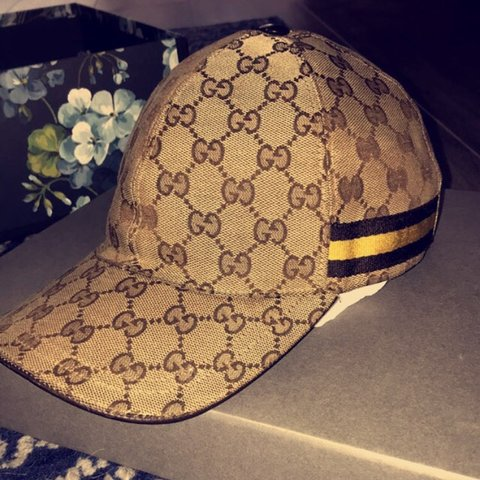 8ee15d5fd9ac0 Gucci limited edition cap   100% authentic  Very rare and - Depop