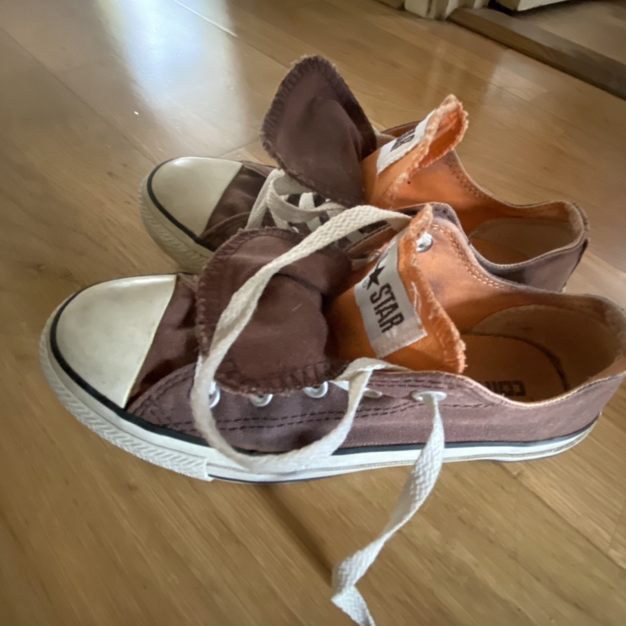 old style converse shoes