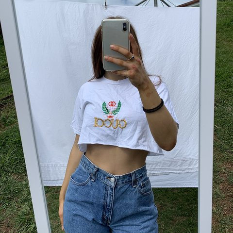 887d95cfa BOOTLEG VINTAGE EMBROIDERED GUCCI TEE ☁ cropped, msg to - Depop