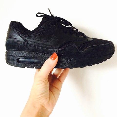 outlet store sale 70b51 d15f2  habershon. 3 years ago. United Kingdom. Nike Air Max Size 5.5 - All black  leather   suede ...