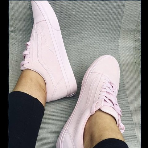 20bdf8e1c2fb Vans suede peachskin Exlcusive ladies Size uk 5 Brand new - Depop