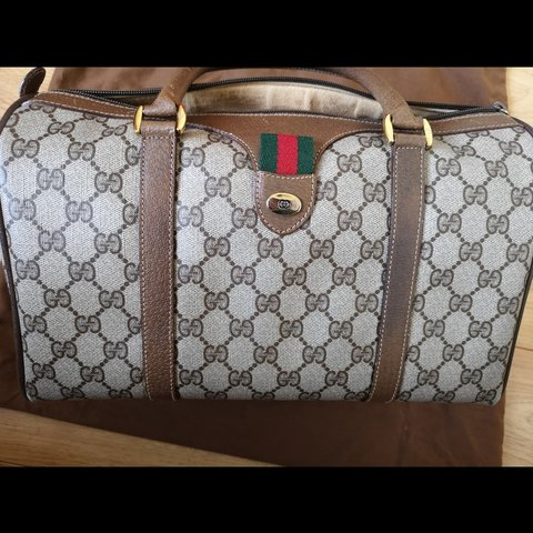 6ae1e6743ab Gucci boston bag. Vintage Gucci very much in demand