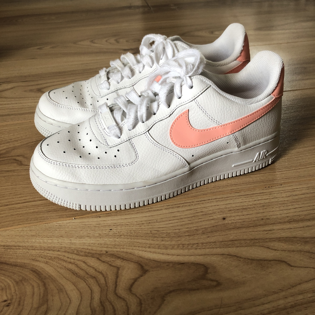 Nike Air Force 1. Baby pink tick. Size