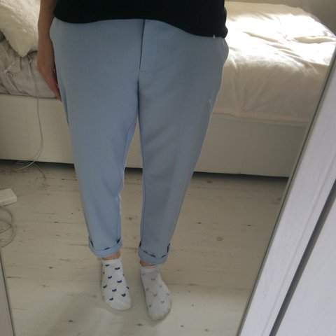 3e4d0cb02697 Pastel blue cigarette trousers from Dorothy Perkins. Hardly - Depop