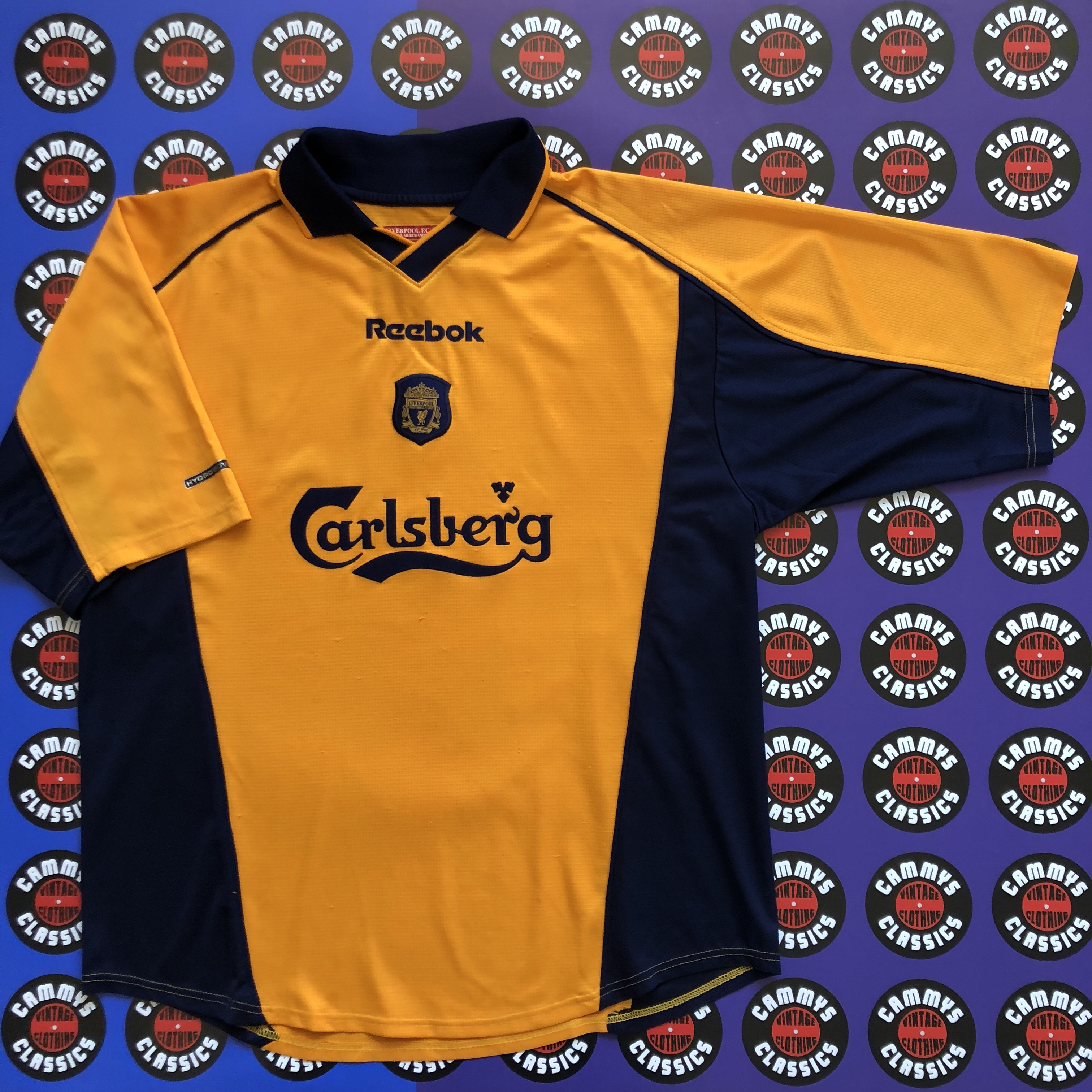 premium selection 0ddb6 4f023 Liverpool treble winning 2000-2001 Reebok Away... - Depop