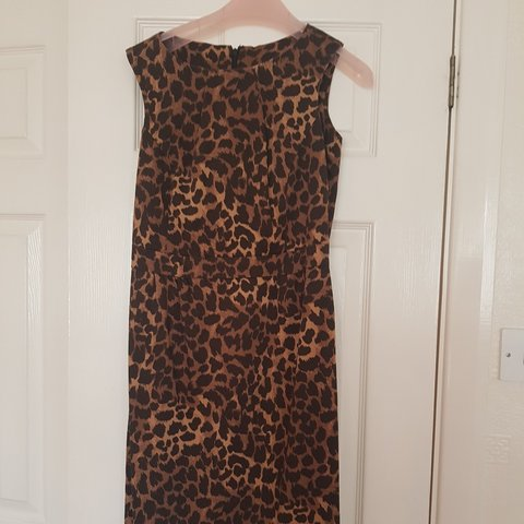 93a028f064f leopard print office wiggle pencil dress very bettie page   - Depop