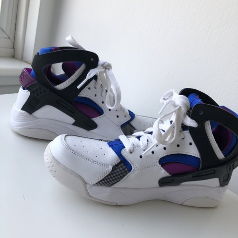 0351f3a5c1e3d Nike air huarache high top - berry white black and blue UK - Depop