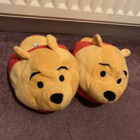 ef972765bff Winnie the Pooh Slippers Worn once Size 3 Open to offers - Depop