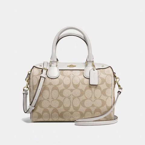 COACH F32203 SIGNATURE MINI BENNETT SATCHEL IM LIGHT KHAKI   - Depop 83b266075799c