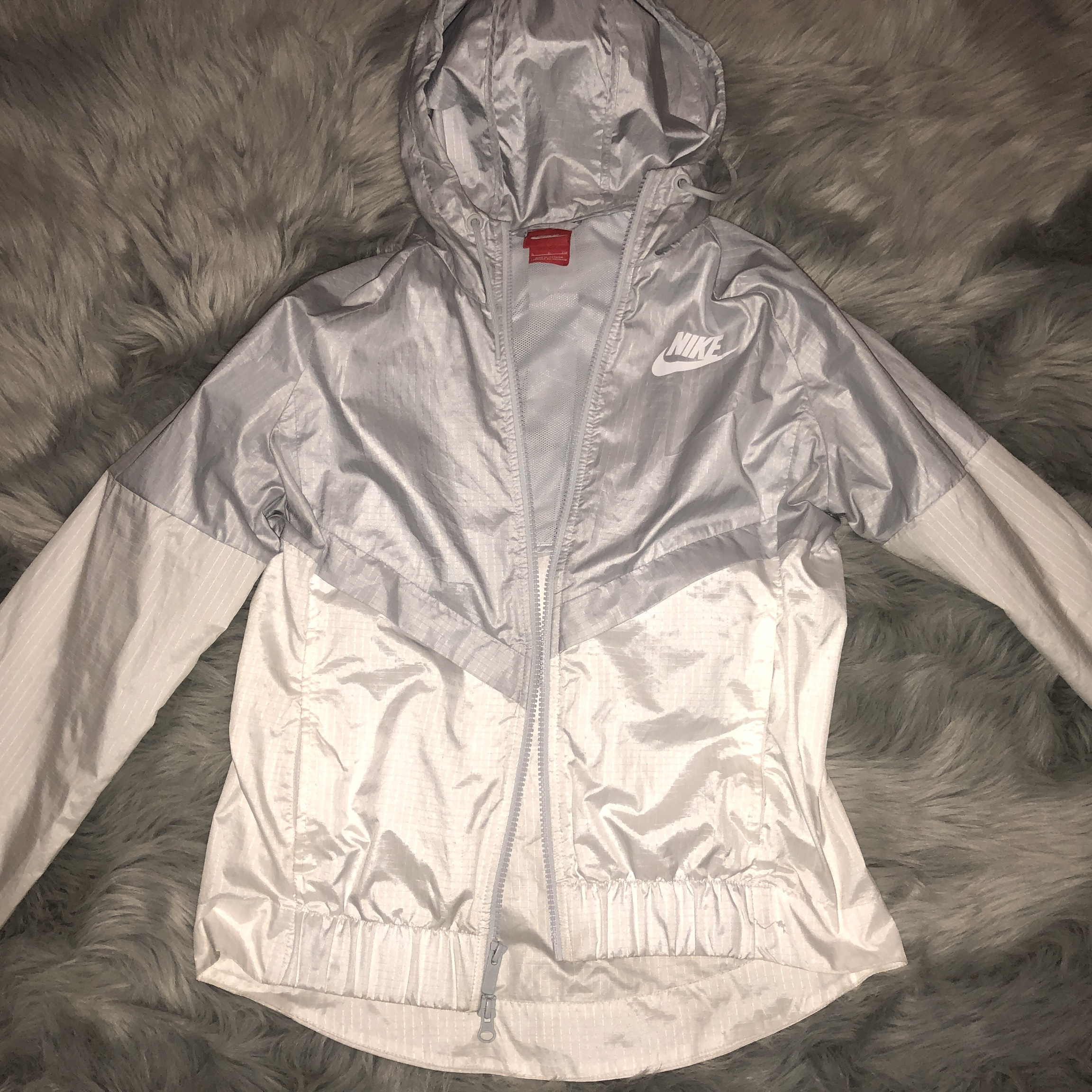 258158f5ebadd @rebekahdavis. 10 months ago. Rock Hill, United States. Grey and white Nike  windbreaker in perfect condition! Only worn a few times.
