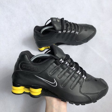 497ebd3a8d @amore_chillies. 2 months ago. Malvern, Australia. Nike shox. Size 8Us  Deadstock! Message any questions