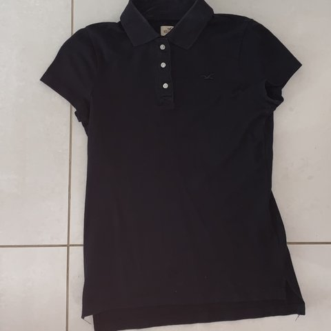 ac9563bed Women's Hollister polo shirt -Black polo -Size XS, would a - Depop