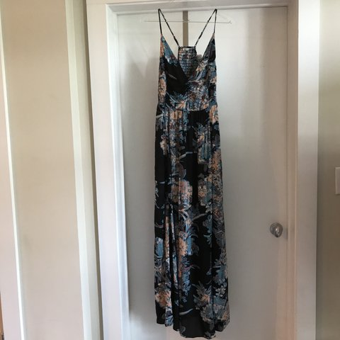 f34a0aec0d9 FREE PEOPLE THROUGH THE VINE PRINTED MAXI DRESS Crinkly - Depop