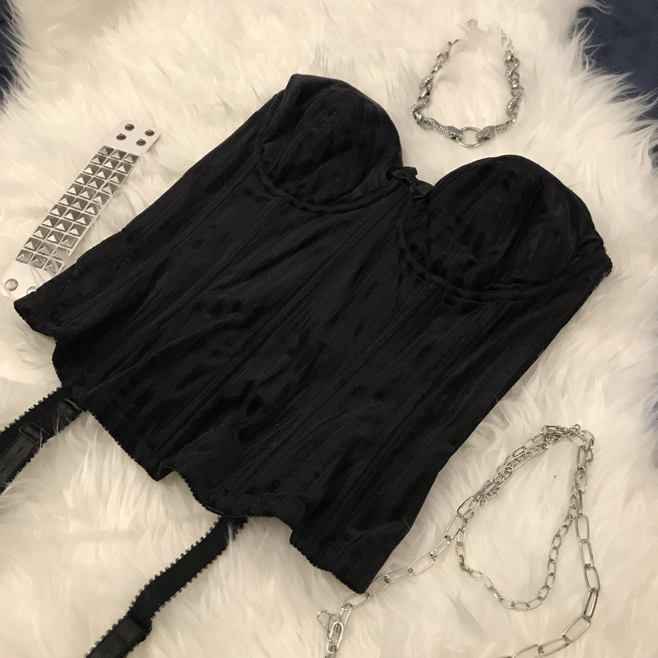 aaa7296d5b02f 🖤Victoria secret vintage corset top ⛓  o-ring hardware and - Depop