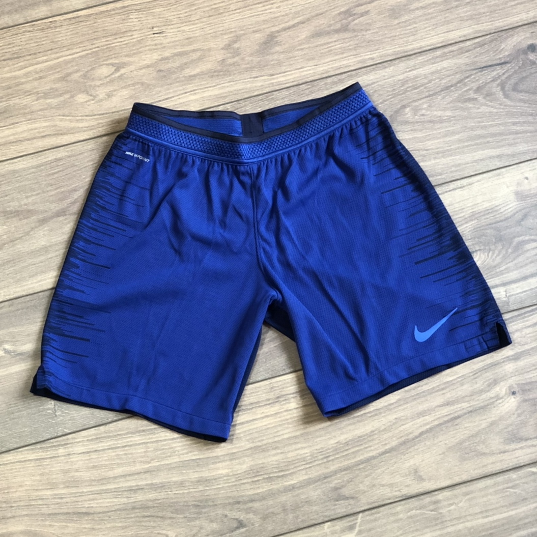 NIKE VAPORKNIT REPEL STRIKE SHORTS BLUE SIZE LARGE Depop