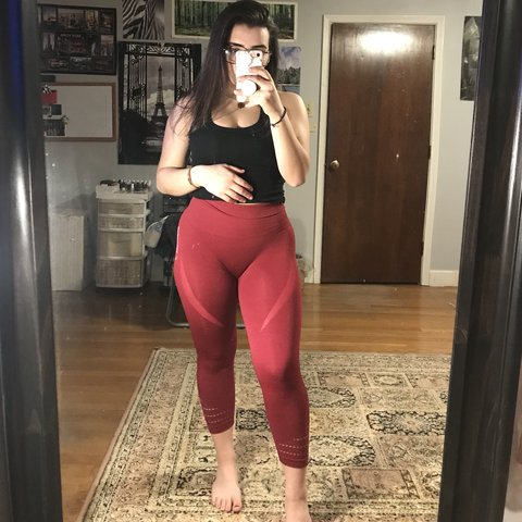 db52960720a0b @kristiinakollari. 4 months ago. Worcester, United States. Beet colored seamless  Gymshark leggings. High waisted ...