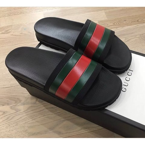 d485a774a4c Mens Authentic Gucci Sliders Uk 10 Brand New