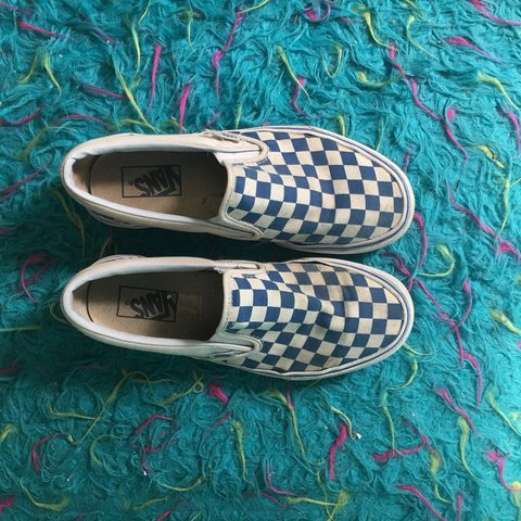 8655f0019a blue checkered vans.... need to get rid of asap. size 8.5 7 - Depop