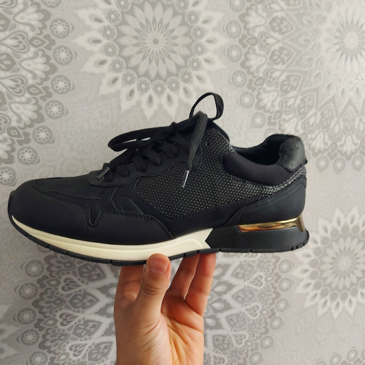 Mens Zara Trainers Worn once Since 42
