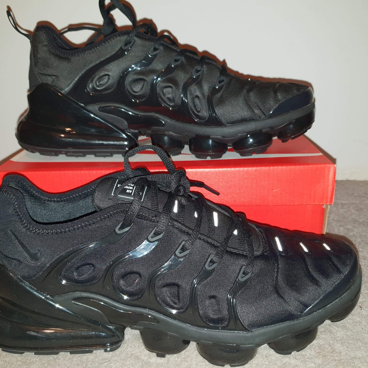 newest 49738 eaf7a Brand new Nike tn vm 270. Size 10 uk come with the... - Depop