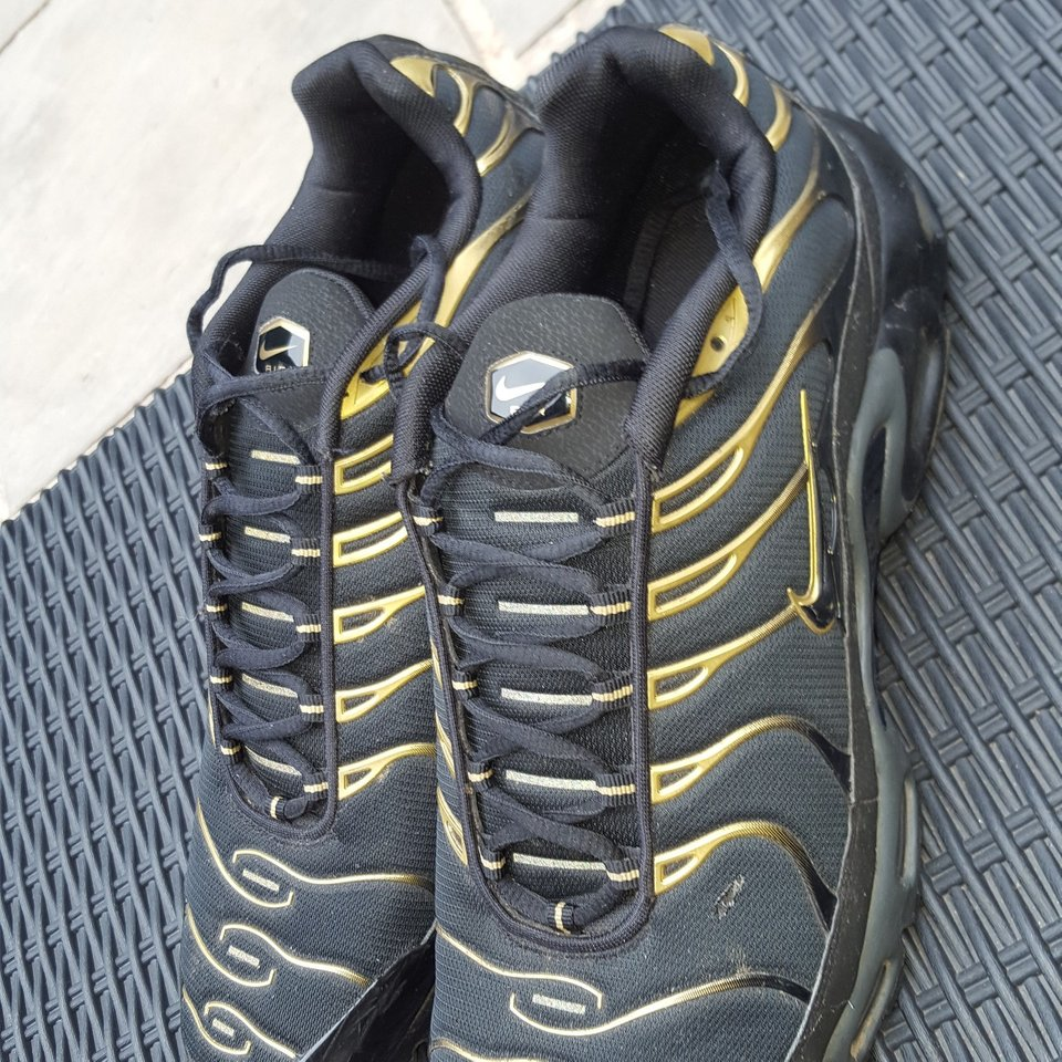 Black and Gold Tns Bought during the