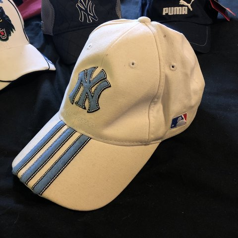 9909e6ace826d Official MLB Adidas New York Yankees Hat The white seems a - Depop