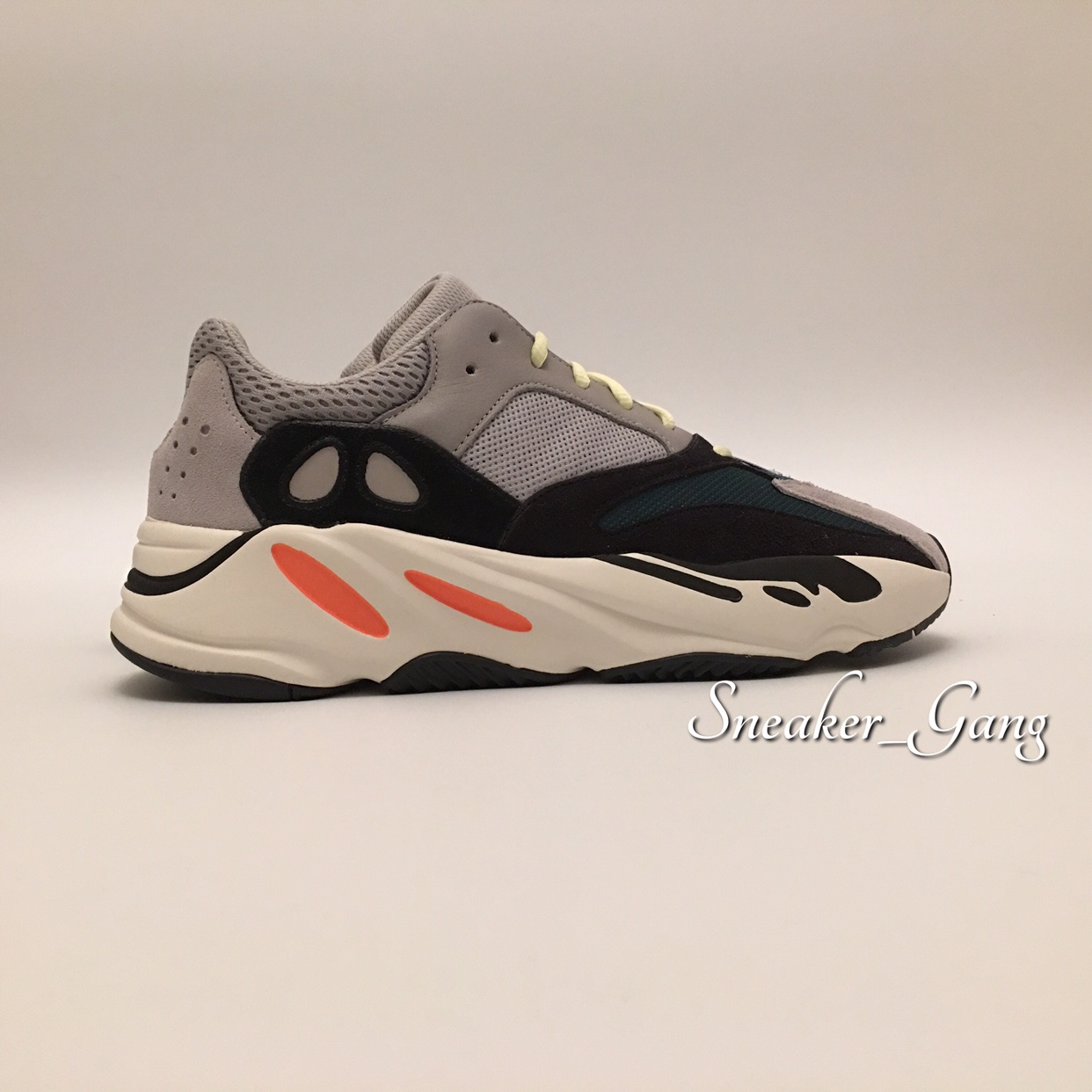 save off 006e6 2e442 Adidas YEEZY 700 OG Wave Runner 3M Kanye West ...