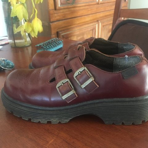 e5f8062ff2 @allyahgabriela. 10 months ago. Solway, New Zealand. Vintage UK size 8 Pulp  shoes very good condition ...