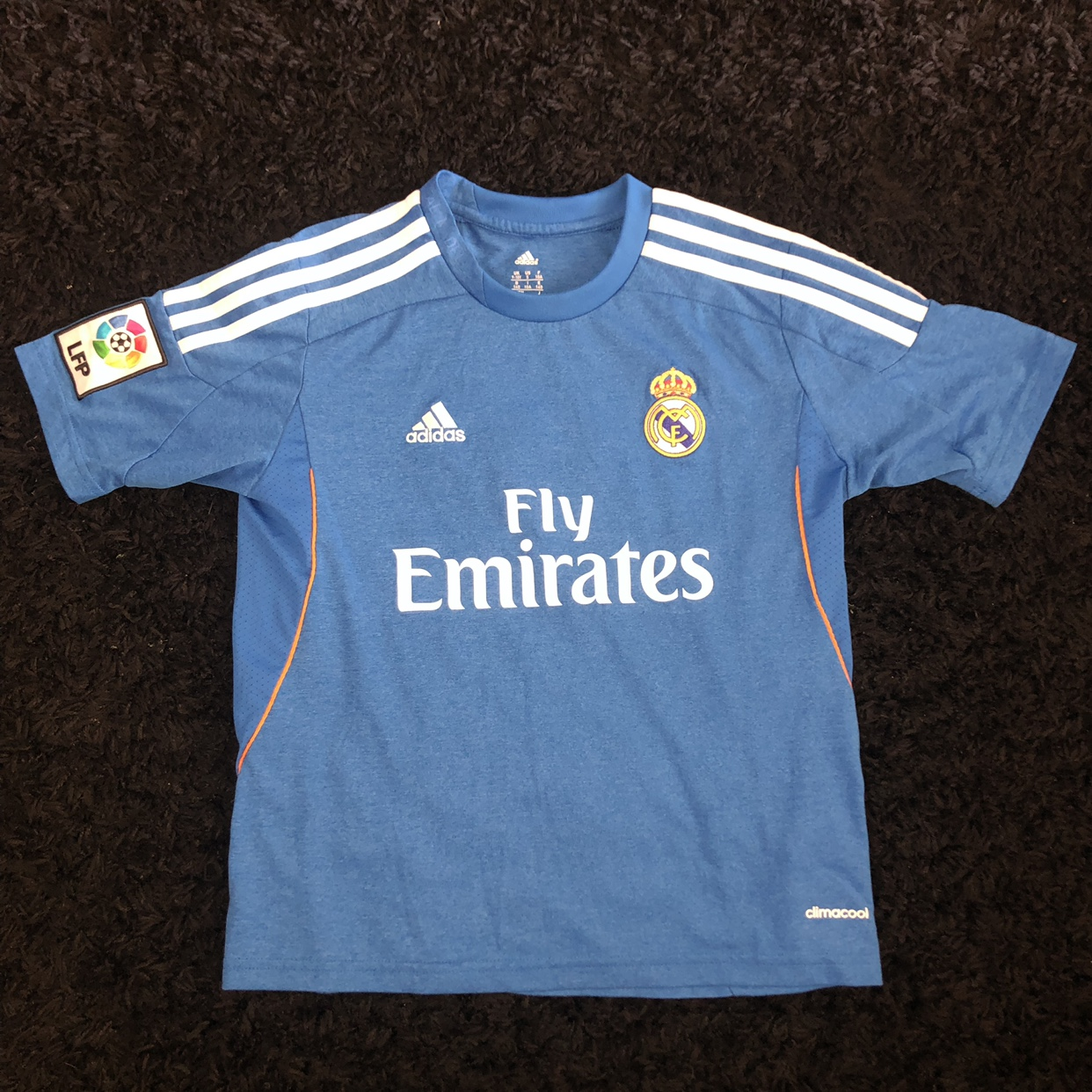huge discount b55af fd9ea Youth Size Small Fly Emirates Cristiano Ronaldo... - Depop