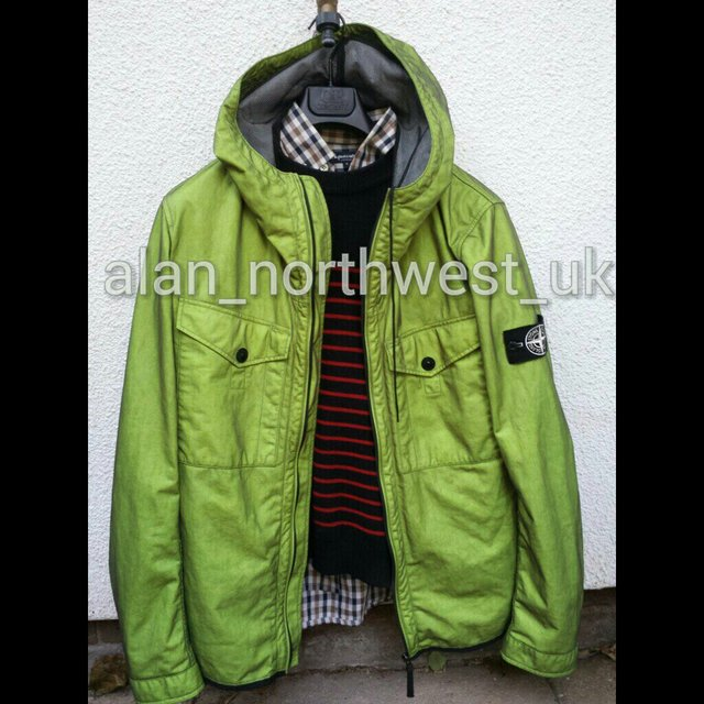 3b38c5d4b0c4e Stone Island Jacket in Lime green. Size is XL. Pit to Pit  a - Depop