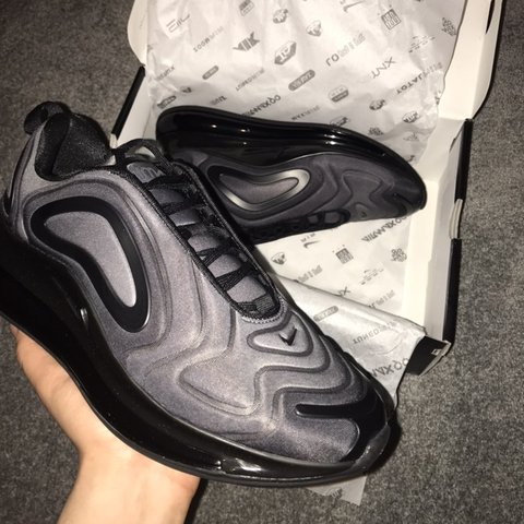 e5f95eb5f5df8 Brand New Black AirMax 720☁ Never been worn