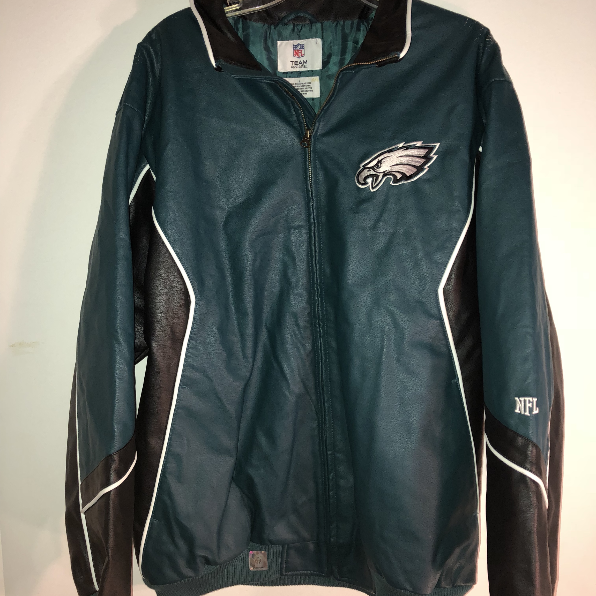 brand new c0d59 3f18b BRAND NEW LEATHER JACKET EAGLES NFL HAS SOME ...