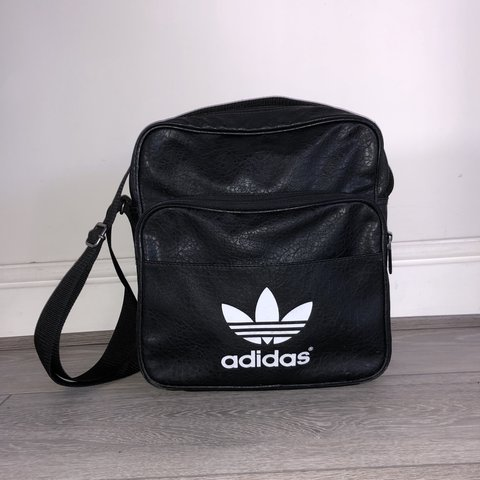 3c4024cbf12 Adidas man bag - condition 8/10 as has been used but no real - Depop