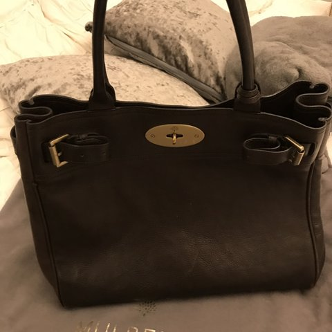 1e12e746a5 Chocolate brown Genuine Mulberry Bayswater tote With dust - Depop