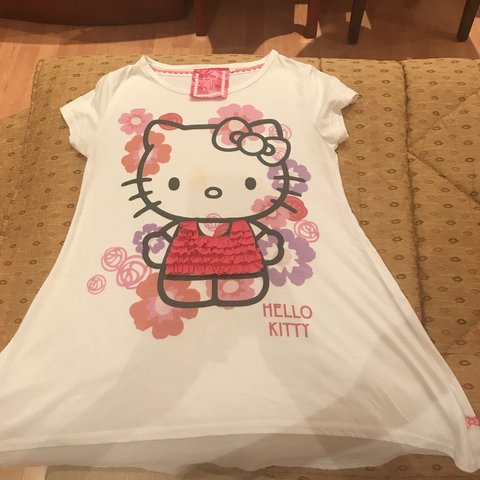 17a6fa5c @therealistchanel. 10 months ago. United States. Hello kitty graphic tee ...