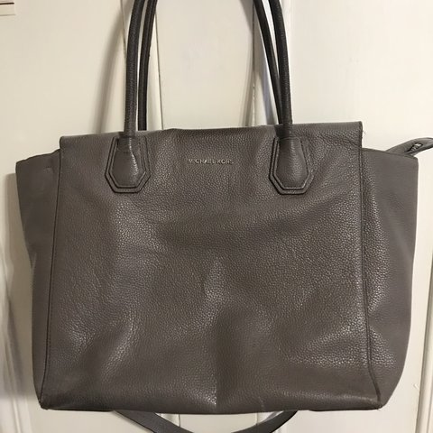 0d383b1c0347 @stephcampbelll. last month. Edinburgh, United Kingdom. Gray Michael Kors  tote bag with top handles ...