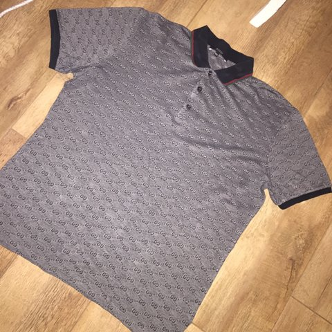 d42265a54 @bjjenkinsxx. 2 years ago. Middlesbrough, United Kingdom. Genuine men's  Gucci Polo Shirt - Size ...