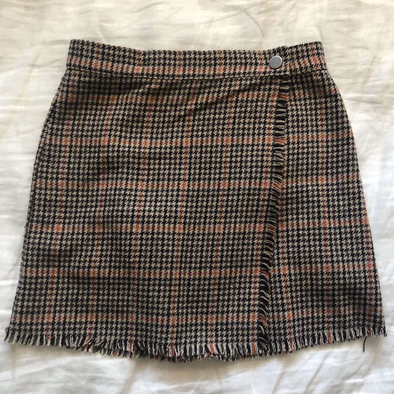 houndstooth wrap skirt from Urban Outfitters🧸🎀